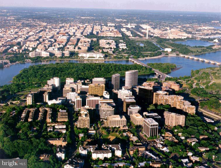 Overview of River Place and DC - 1021 ARLINGTON BLVD #1044, ARLINGTON