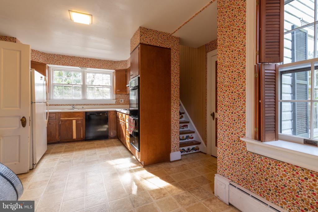Kitchen - 3612 N GLEBE RD, ARLINGTON