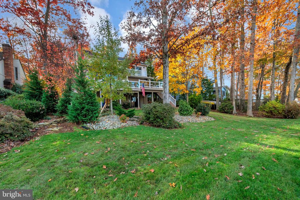 Your waterfront oasis awaits! - 416 WILDERNESS DR, LOCUST GROVE