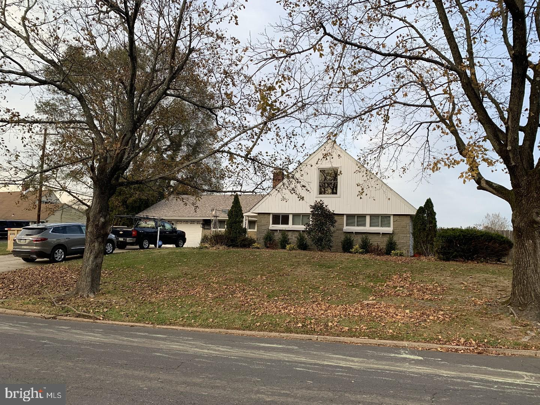 Single Family Homes للـ Sale في Levittown, Pennsylvania 19056 United States