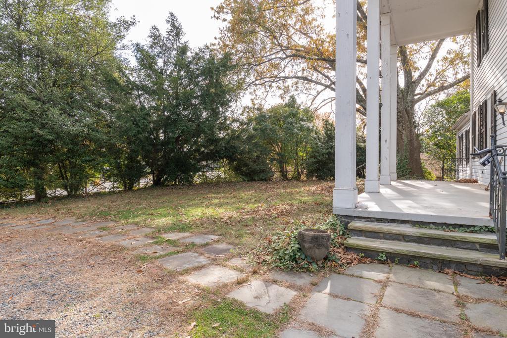Exterior - 3612 N GLEBE RD, ARLINGTON