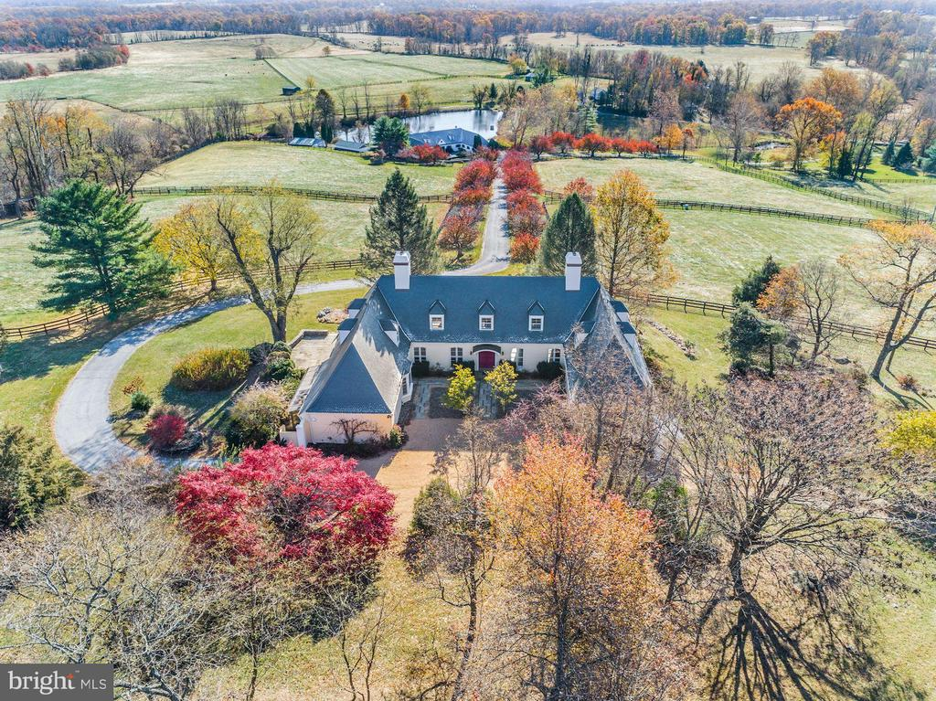 - 20561 TRAPPE RD, UPPERVILLE