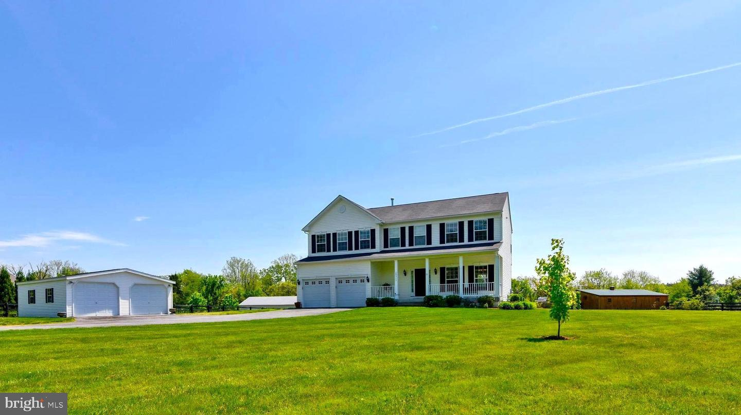 Single Family Homes for Sale at Lovettsville, Virginia 20180 United States