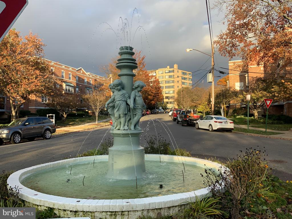 Subdivision Fountain - 3802 PORTER ST NW #302, WASHINGTON