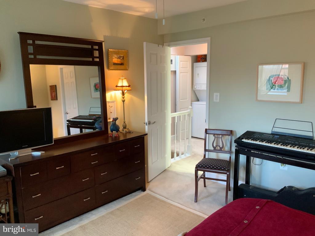 Bedroom - 3802 PORTER ST NW #302, WASHINGTON