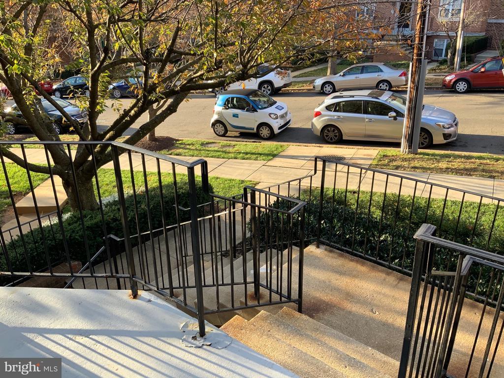 Interior Entryway - 3802 PORTER ST NW #302, WASHINGTON