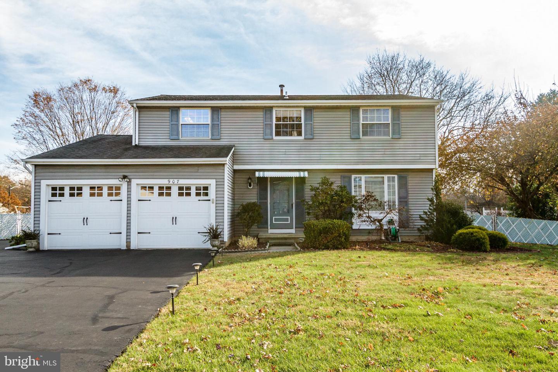 907 EDINBURG Road  Trenton, New Jersey 08690 Förenta staterna