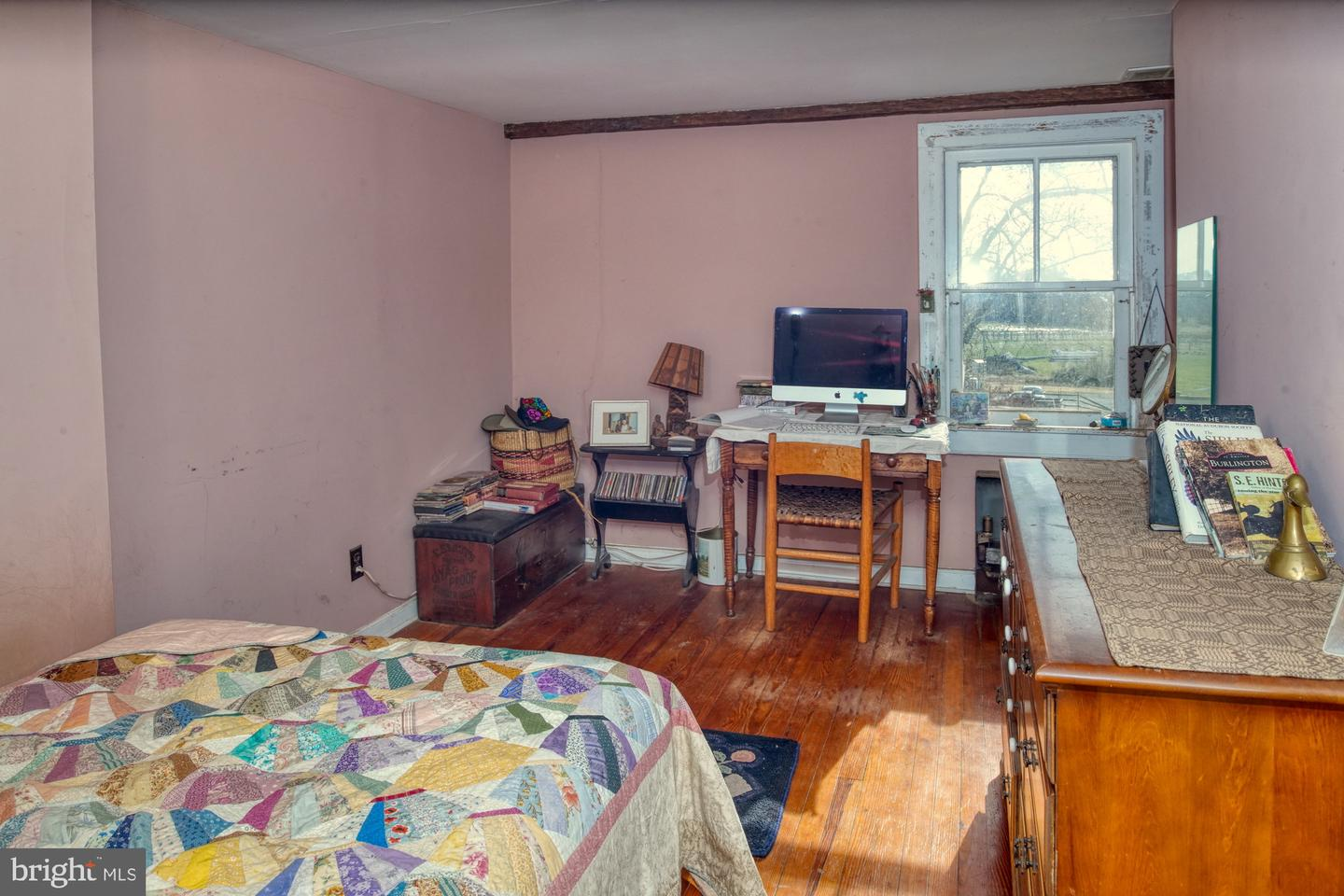 Additional photo for property listing at  Chesterfield, 新泽西州 08515 美国