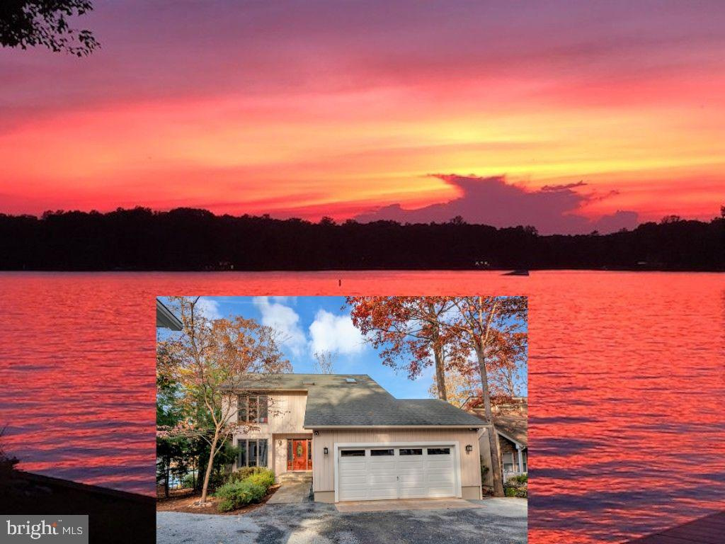 Welcome to the most incredible waterfront oasis! - 416 WILDERNESS DR, LOCUST GROVE