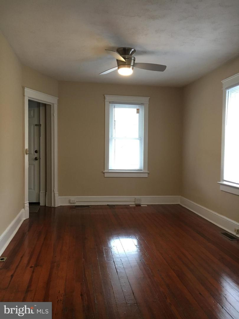 Additional photo for property listing at  Martinsburg, Tây Virginia 25404 Hoa Kỳ