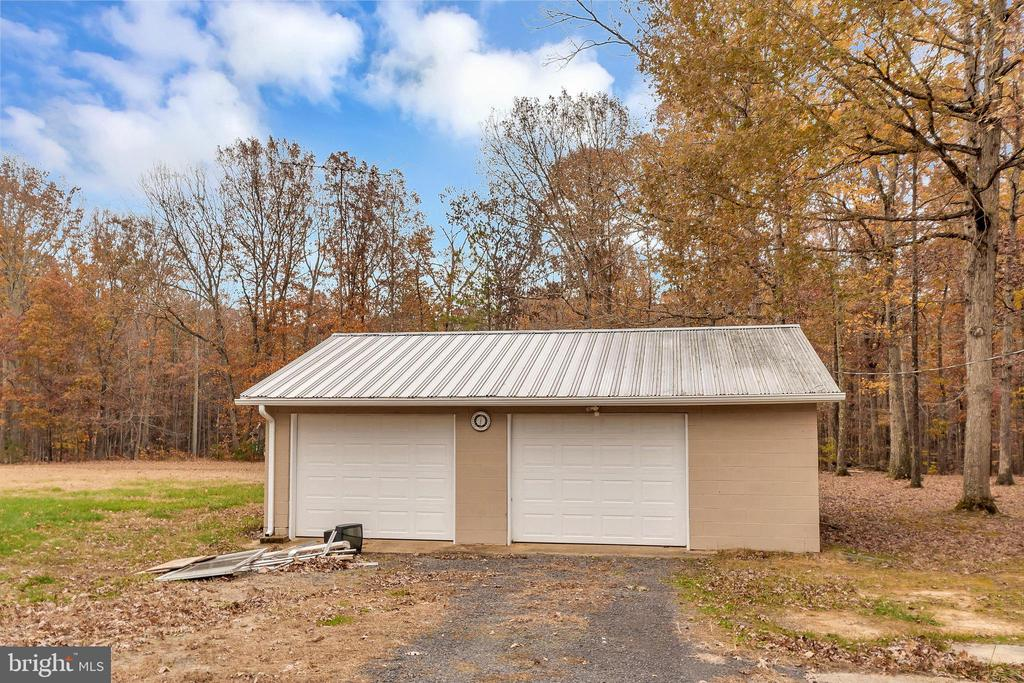 garage & workshop - 11516 ORANGE PLANK RD, SPOTSYLVANIA