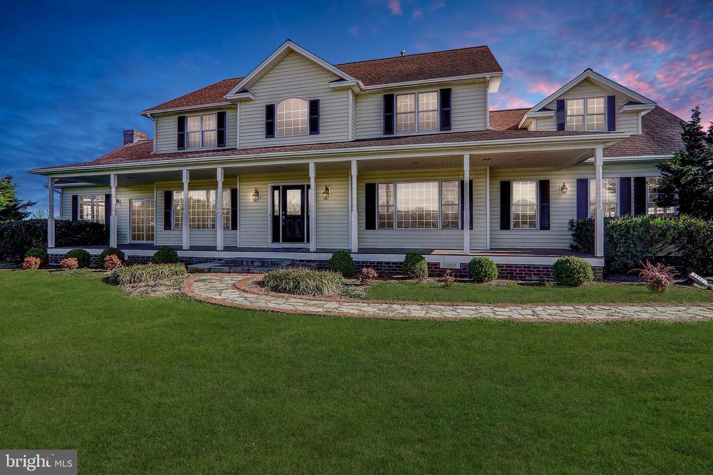 Single Family Homes för Försäljning vid Lovettsville, Virginia 20180 Förenta staterna
