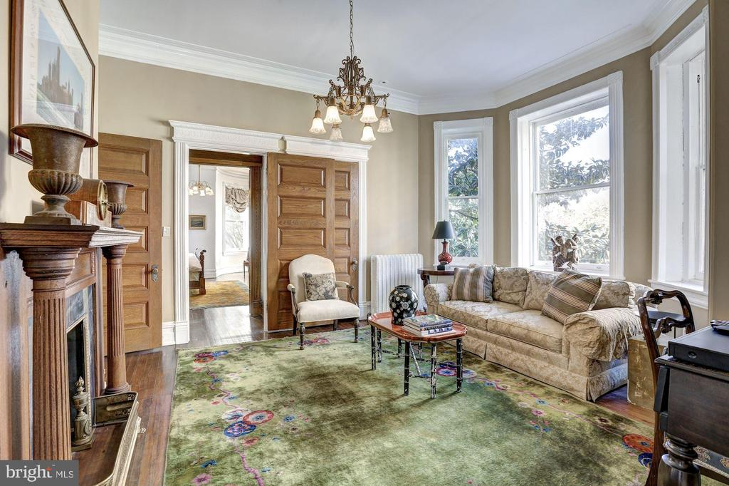 Second Floor Sitting Room with Bay Windows - 1633 16TH ST NW, WASHINGTON