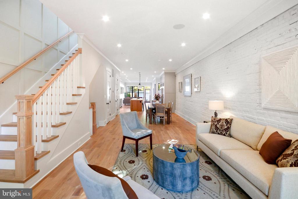 Open floor plan stretches over SEVENTY feet! - 1432 G ST SE, WASHINGTON