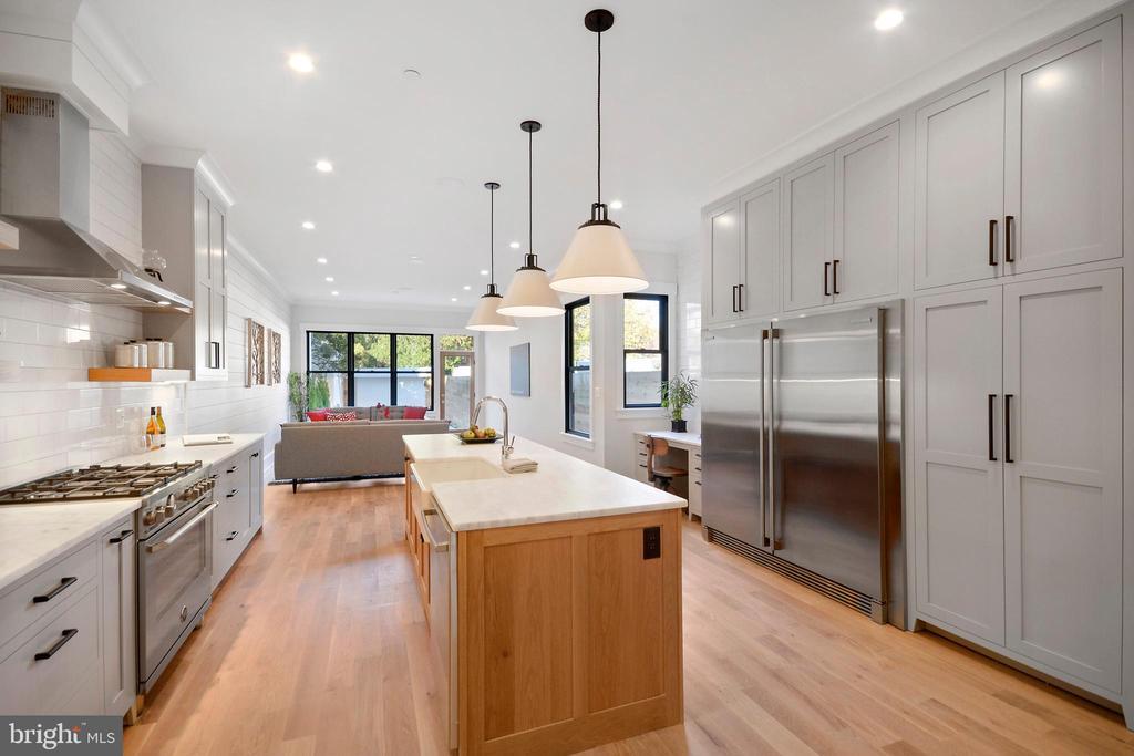 Truly STUNNING kitchen - 1432 G ST SE, WASHINGTON