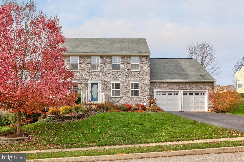 Single Family Homes للـ Sale في Dallastown, Pennsylvania 17313 United States