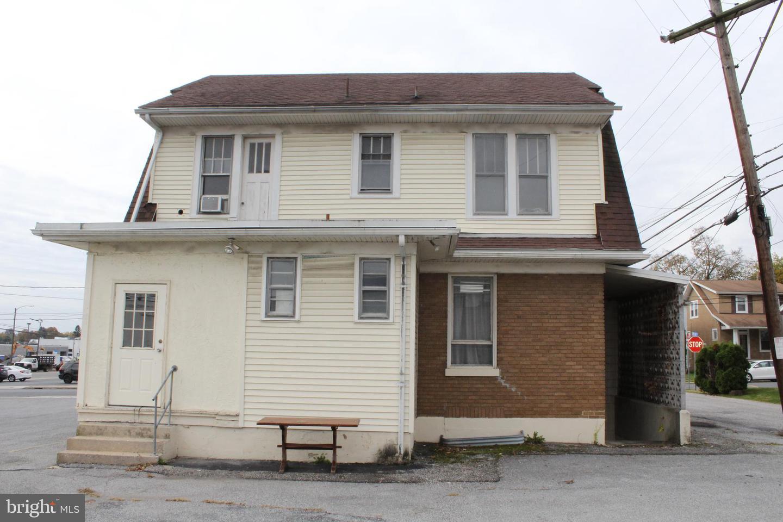 Single Family Homes para Venda às Lemoyne, Pensilvânia 17043 Estados Unidos