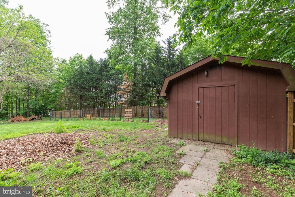 Backyard! - 135 JOSHUA RD, STAFFORD
