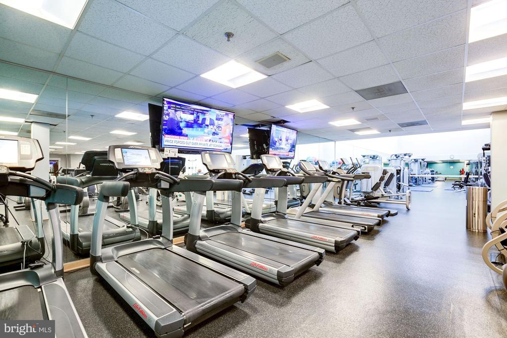 Fitness center - 5600 WISCONSIN AVE #1208, CHEVY CHASE