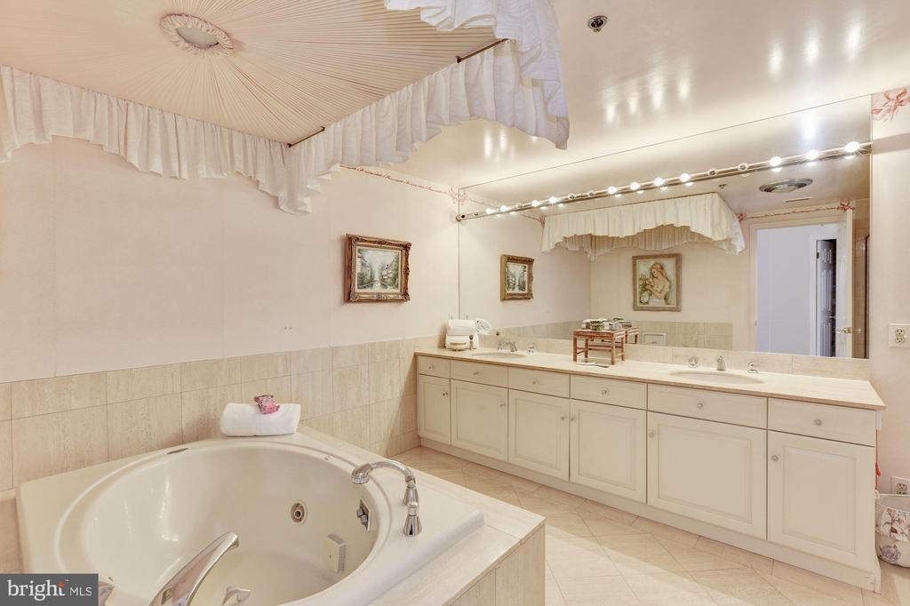 Master bath with dual sink vanity and marble floor - 5600 WISCONSIN AVE #1208, CHEVY CHASE