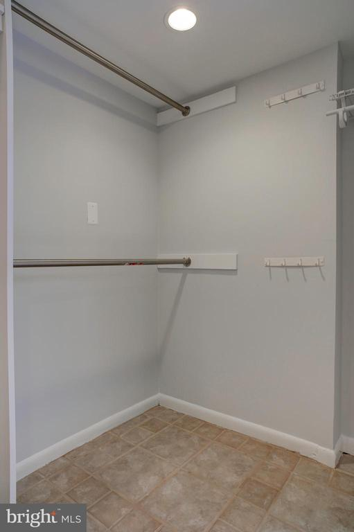 Walk in closet in studio - 154 G ST SW #149, WASHINGTON