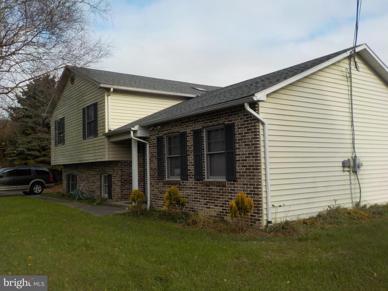 Single Family Homes للـ Sale في Lenhartsville, Pennsylvania 19534 United States