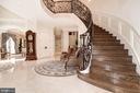 Main Staircase - 904 CHINQUAPIN RD, MCLEAN
