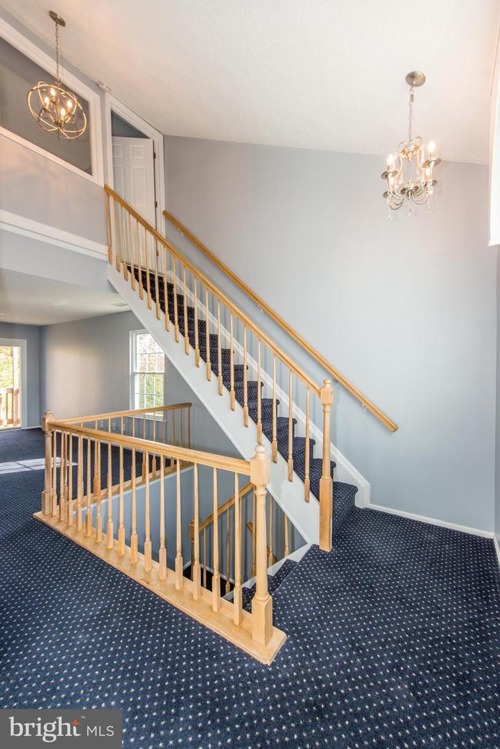 Single Family Homes 為 出售 在 Monmouth Junction, 新澤西州 08852 美國