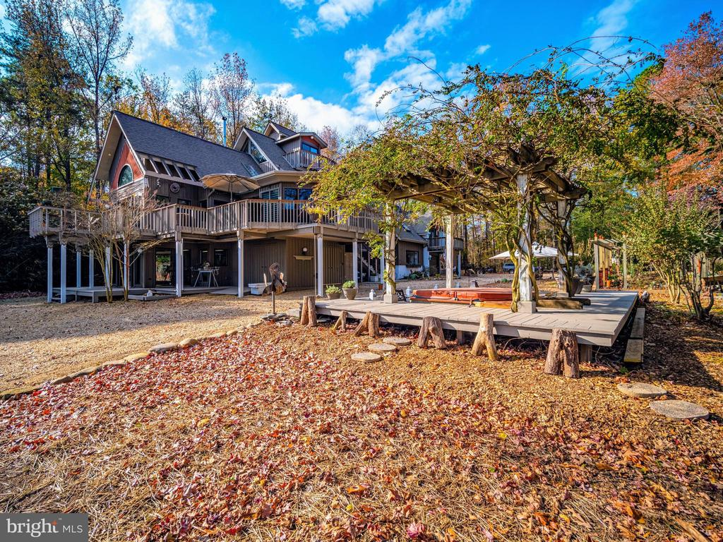 View from front (waterside) - 4610 FRIENDSHIP ACRES RD, NANJEMOY
