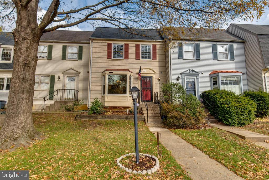 Welcome Home to quiet neighborhood of Amberleigh! - 7421 FOXLEIGH WAY, ALEXANDRIA