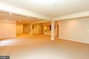 WIDE OPEN LARGE LOWER LEVEL - 1351 VERRIER CT, VIENNA