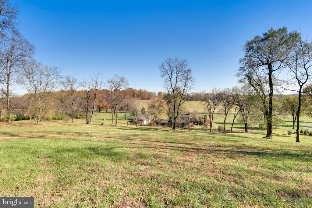 - 669 APPLE PIE RIDGE RD, WINCHESTER