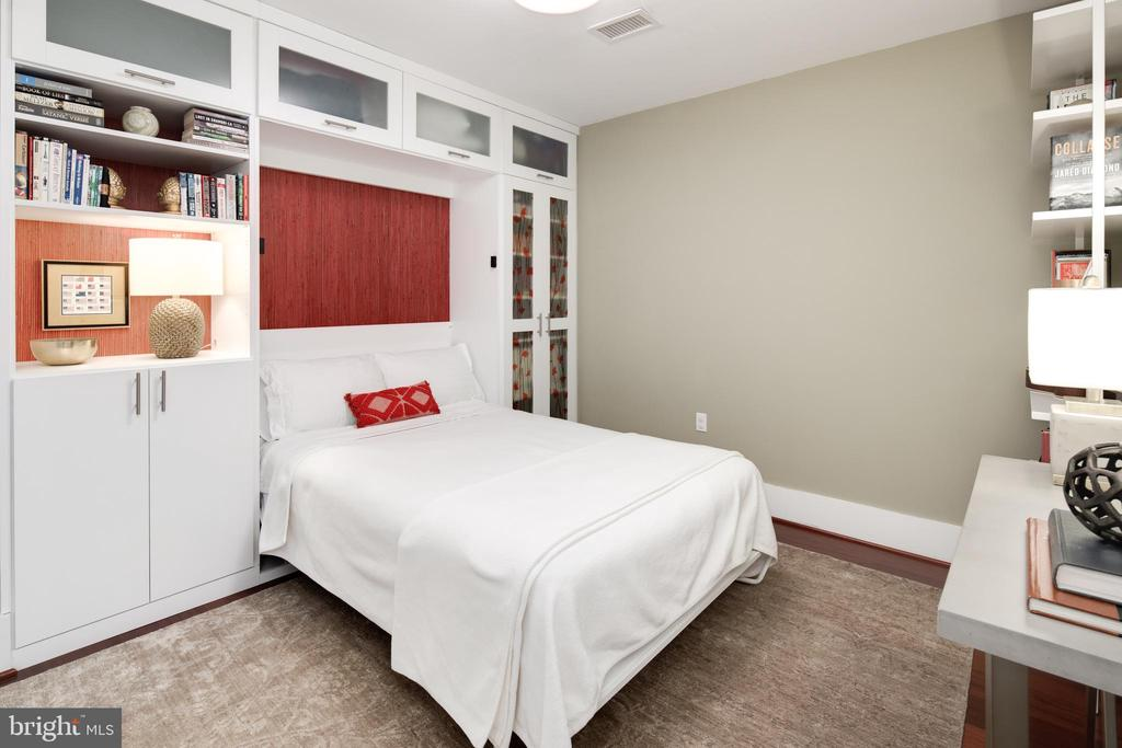 Full size Murphy bed in Guest Room - 1600 CLARENDON BLVD #W103, ARLINGTON