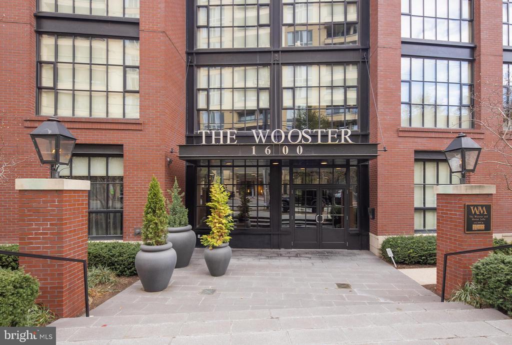 The Wooster in Rosslyn - 1600 CLARENDON BLVD #W103, ARLINGTON
