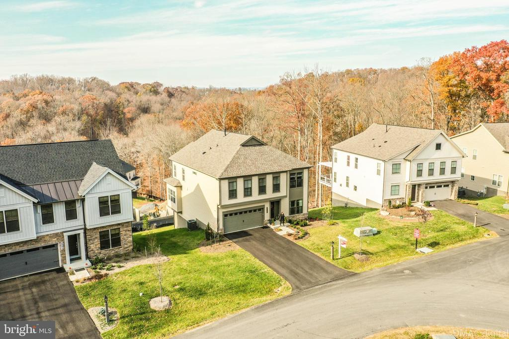 Woods and spectacular views surround this home - 6804 W SHAVANO RD, NEW MARKET
