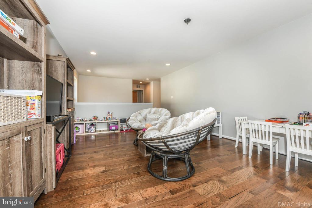 Or large playroom! - 6804 W SHAVANO RD, NEW MARKET
