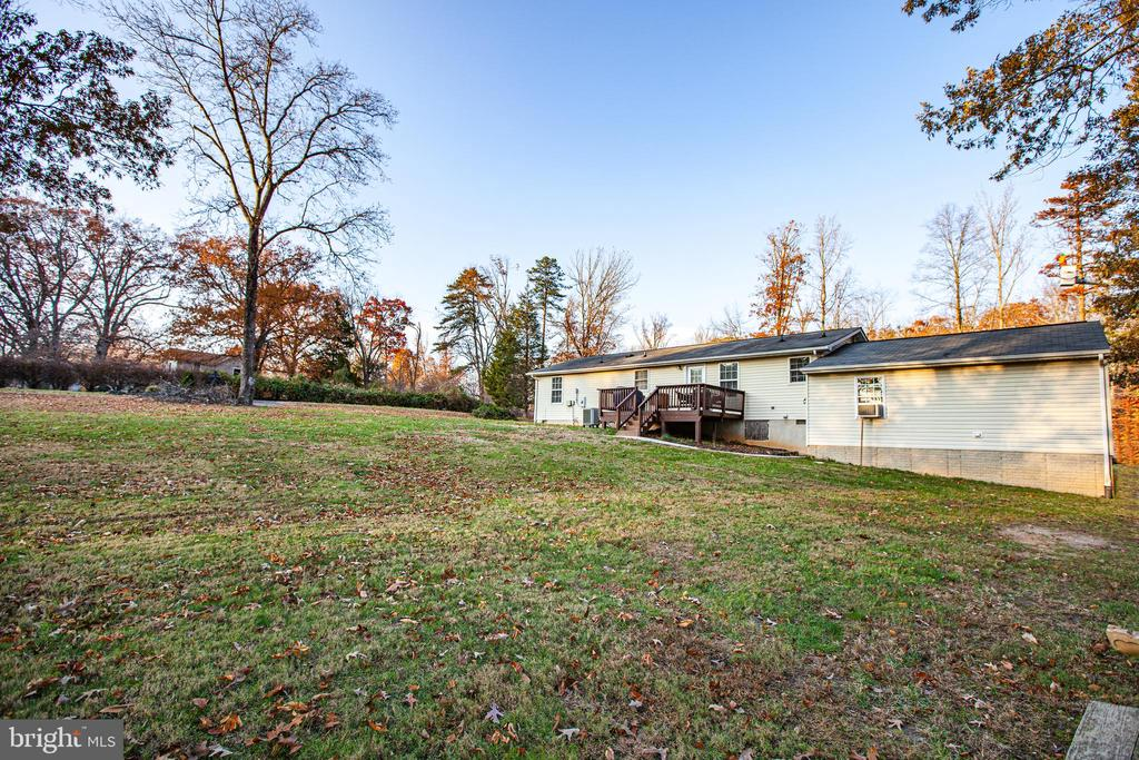 Rear View of Yard - 8708 BROCK RD, SPOTSYLVANIA