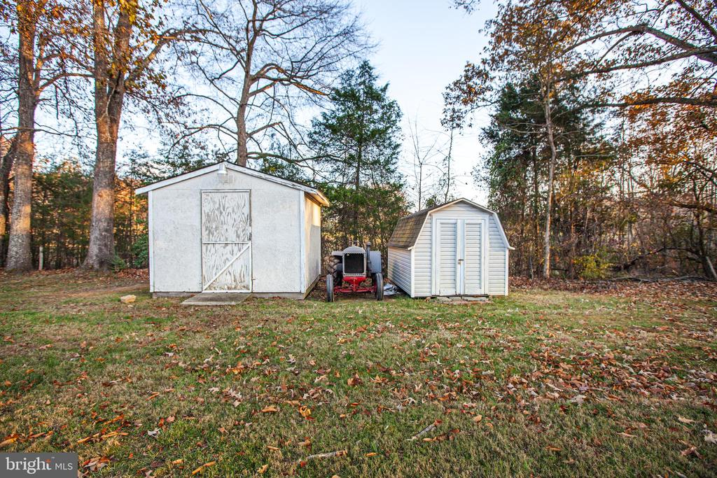 Storage Shed w/ Electric (Smaller shed NOT convey) - 8708 BROCK RD, SPOTSYLVANIA