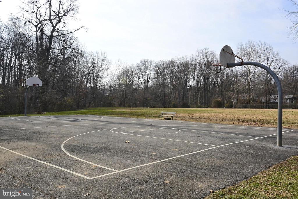 Community Basketball Court - 11831 DINWIDDIE DR, NORTH BETHESDA