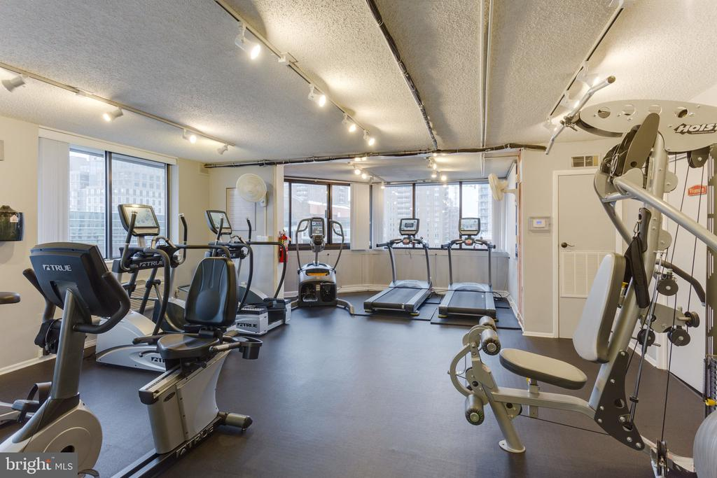 Condo Fitness Center - 1024 N UTAH ST #721, ARLINGTON