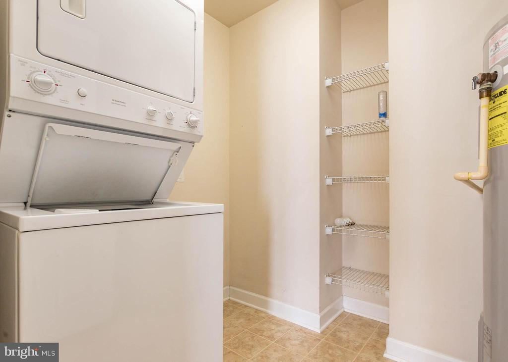 Upper Level Laundry Room - 9501 KNIGHTS WALK, FREDERICK
