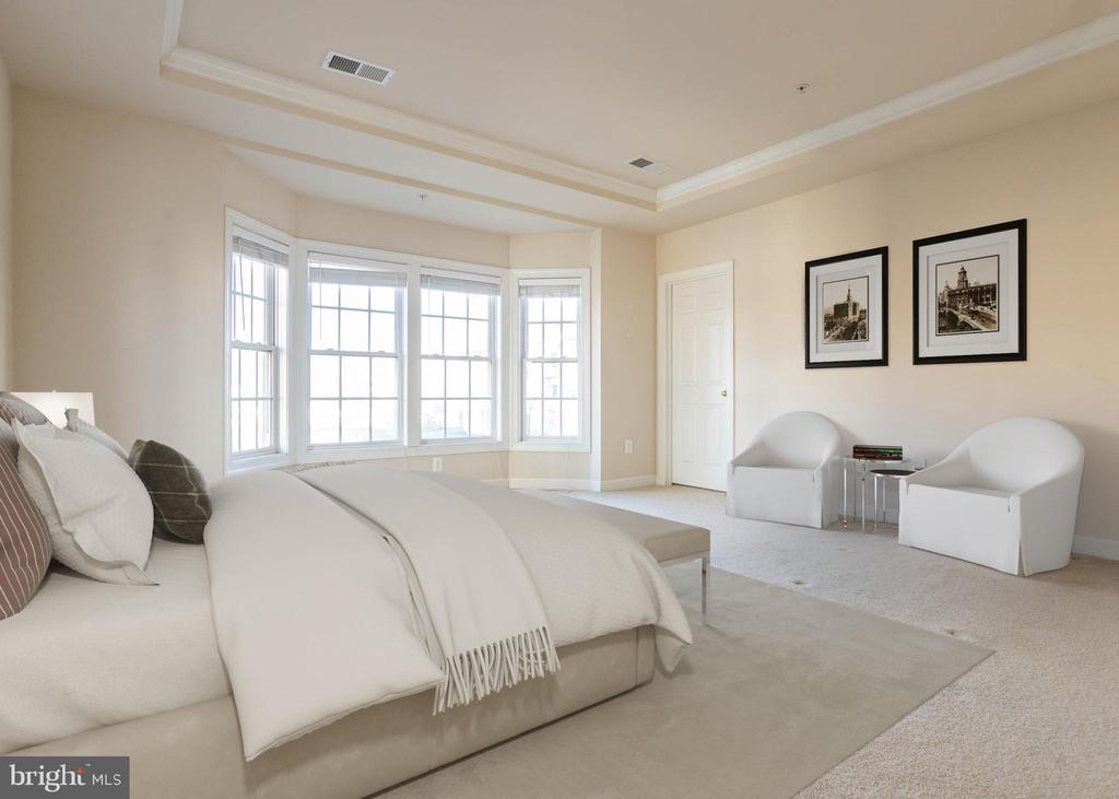 Master Bedroom Suite - 9501 KNIGHTS WALK, FREDERICK