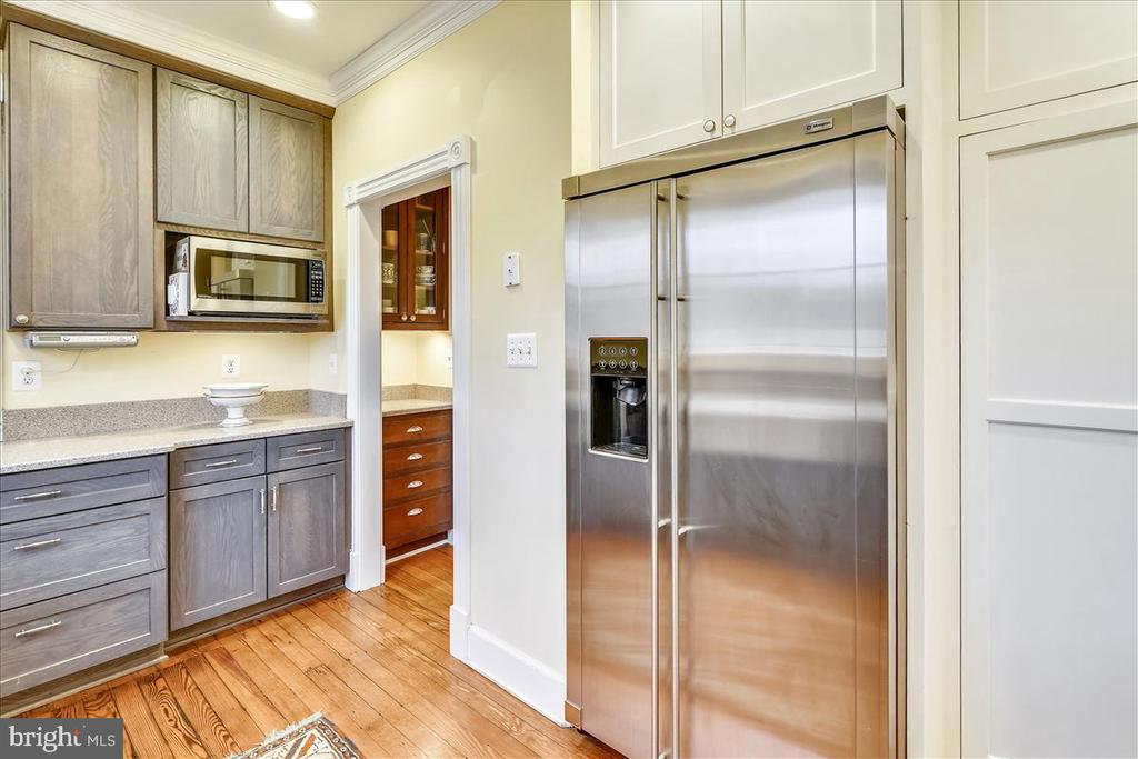 Stainless Appliances - 15 HIGH ST, ROUND HILL