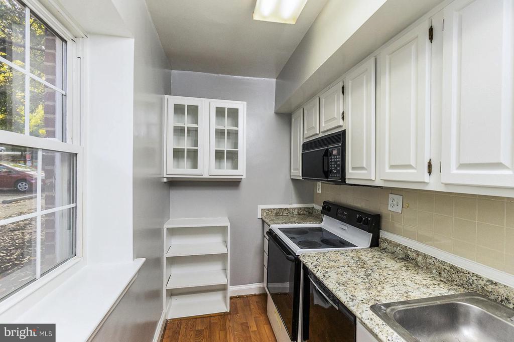 wonderful storage - 1307 N ODE ST #404, ARLINGTON