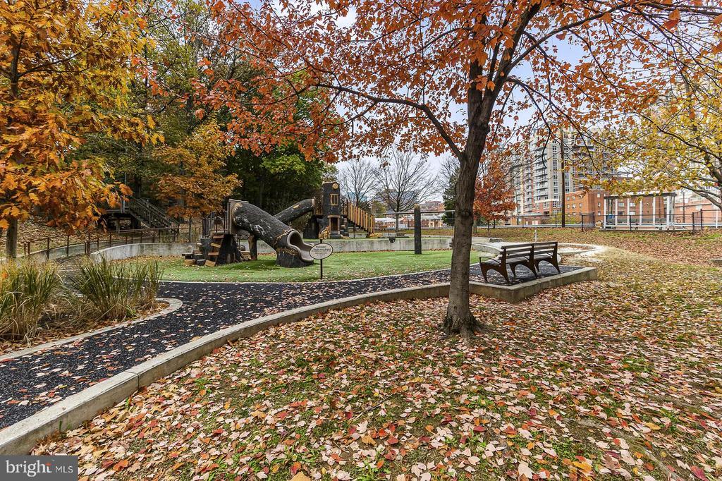 great location - 1307 N ODE ST #404, ARLINGTON