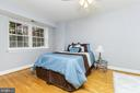 Large masterbedroom - 1307 N ODE ST #404, ARLINGTON