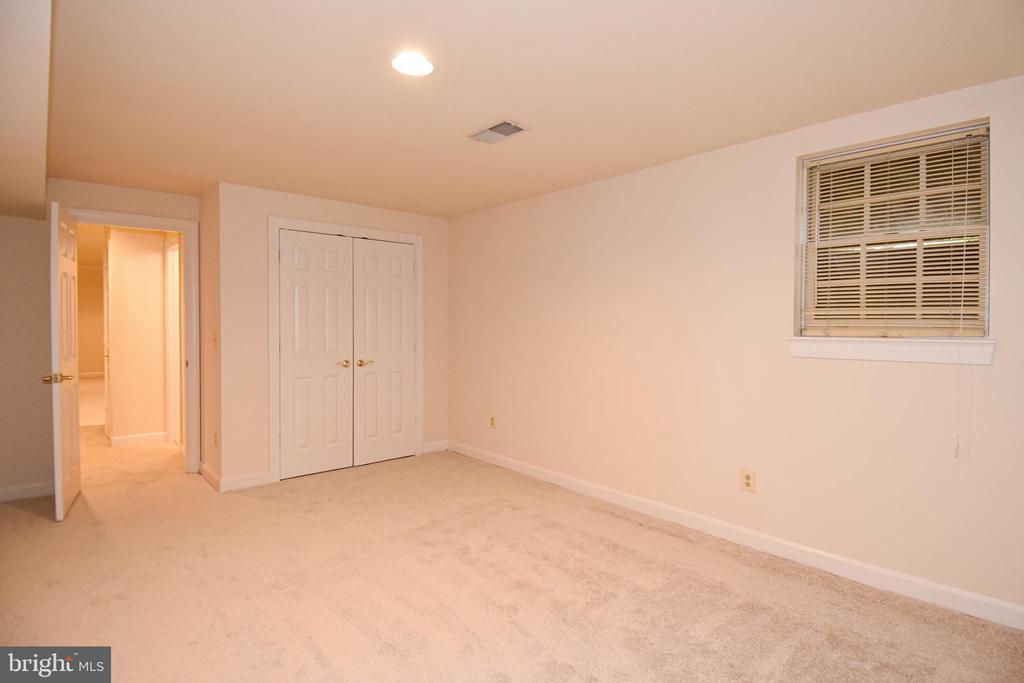 LOWER LEVEL BEDROOM FLOOR HAS RECESSED LIGHTING - 8237 GALLERY CT, MONTGOMERY VILLAGE