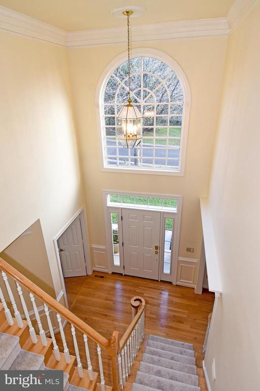 2 STORY FOYER - 8237 GALLERY CT, MONTGOMERY VILLAGE