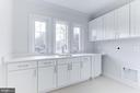 Sunny large upper level laundry room - 1823 BEULAH RD, VIENNA