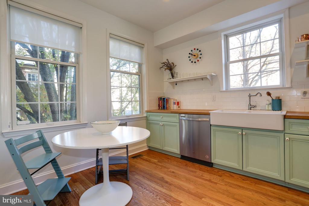 Kitchen - 3651 WINFIELD LN NW, WASHINGTON